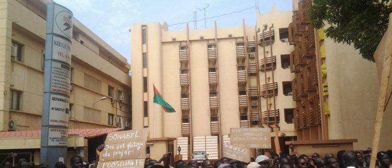 Article : Manifestation contre les délestages au Burkina Faso